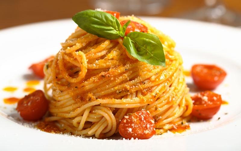 world pasta day spaghetti al pomodoro